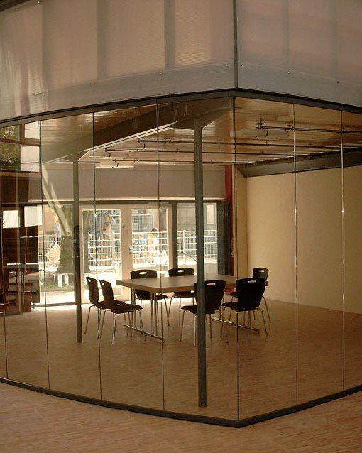 Cerramiento de vidrio oficinas carpinteria de pvc y for Cerramientos oficinas